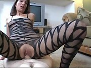 Mature bitch gets her vagina creampied during hump